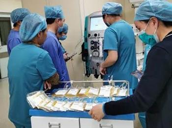 帮扶专家助力盘州医院开展临床新技术盘州医院开展临床新技术