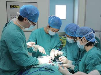 我院疫情期间成功完成四级高难度手术