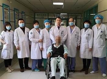 90高龄严重慢性心衰 TAVA技术挽救老人生命