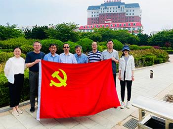 外科党总支在长海县开展党员志愿服务活动